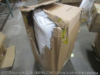 Zinus 12 Inch Gel-Infused Green Tea Memory Foam Mattress, Queen (Retail $265.00)