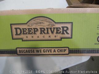 Deep River Snacks Crinkle Cut Salt & Cracked Pepper