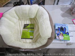 Pet Bed and Five Finger Deshedding Glove