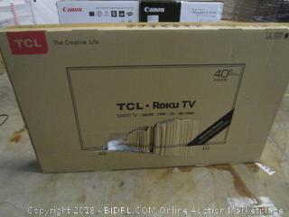 """TCL Roku TV 40""""  Powers on See Pictures"""