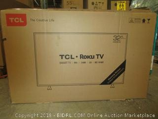 """TCL Roku TV Smart TV 32""""  Powers On, Like New See Pictures"""