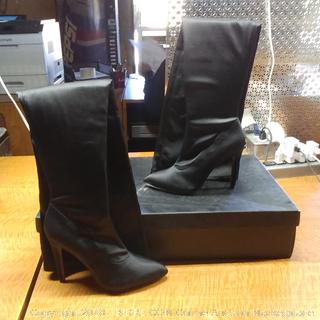 The Fix Boots SIze 6 B(M)