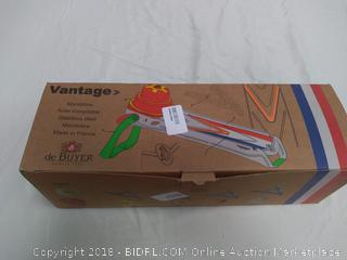 de Buyer Vantage Mandoline & Grater - missing pieces