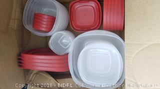 Rubbermaid 21 Containers - New