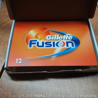 Gillette Fusion 12 Cartridges See Pictures