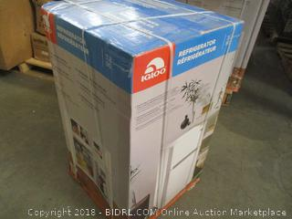 Igloo Refrigerator - 3.2 cuFt - Factory Sealed - Some Package Damage Only