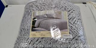 Faux Fur Queen Comforter Set - New / Zipper Broken