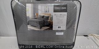 Down Alternative Comforter Set - New