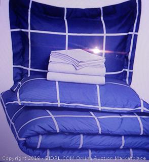 Bed-In-A-Bag Queen ComforterSet - New