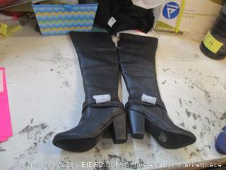 Breckelles Boots Size  6