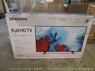 "Samsung Full HD TV 43"" Cracked Screen"