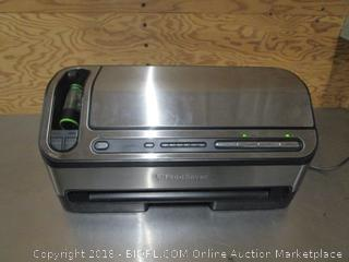 FoodSaver Vacuum Sealer System with Bags
