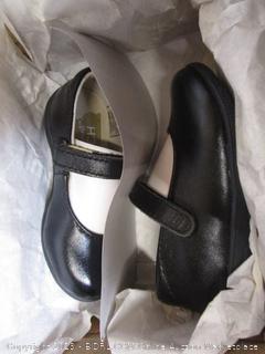 Kids Shoes 5.5