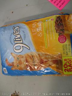 9 Lives Cat Food