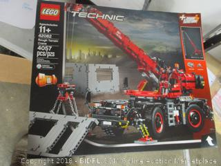LEGO Technic Rough Terrain Crane 42082 set