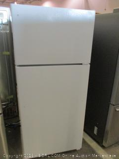 GE Refrigerator Powers on, Cools Down, See Pictures