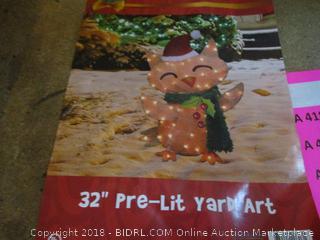 "32"" Pre Lit Yard Art"
