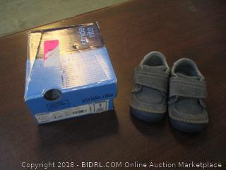 Childs Shoes 4W