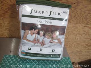 Smart Silk Comforter