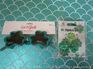 St. Patrick's Glasses & Light Up Earrings