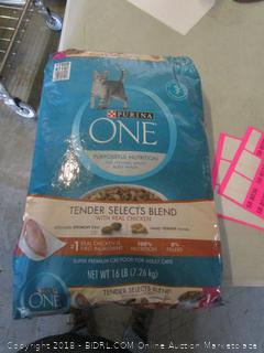 purina one nutritional cat food