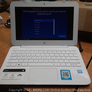 HP Laptop Powers On See Pictures