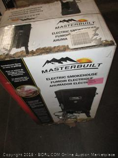 Masterbuilt 20070210 30-Inch Black Electric Analog Smoker (Retail $174.00) - Damage