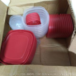 Rubbermaid Tupperware-1 Damaged Container-NEW