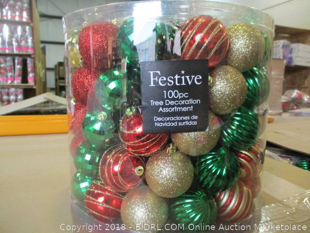 a1262a260bf8d COM Online Auction Marketplace - Auction: Christmas Auction - MODESTO -  November 27 ITEM: Christmas Ornaments