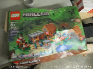 LEGO Minecraft the village set - please preview