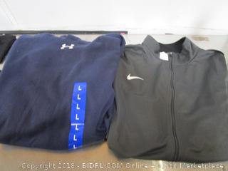 Mens Under Armour Navy Hoodie & Nike Shirt Large