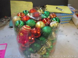 Festive 100pc Tree Decoration Assortment