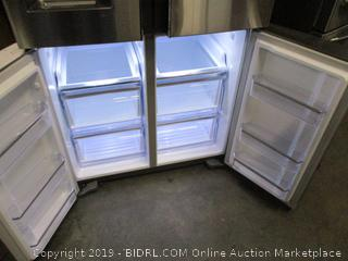 Samsung Refrigerator (Works Great) (Stays Refrigerated)