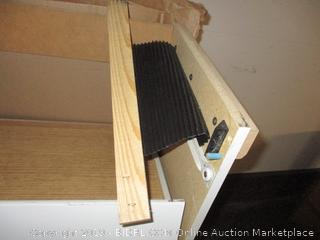 Dresser (Broken)(Please Preview)
