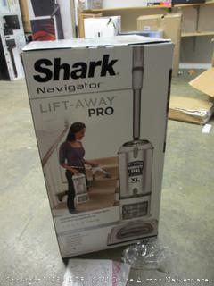 Shark navigator lift-away pro vacuum cleaner Powers On!!!