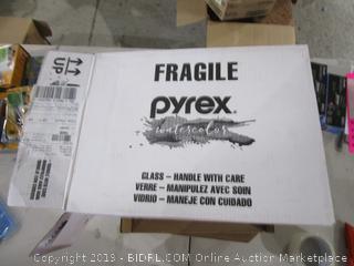 Pyrex Glass w/lids