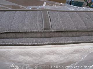 Stearns & Foster Estate Luxury Plus Pillowtop Full Size Mattress (retail $1500)