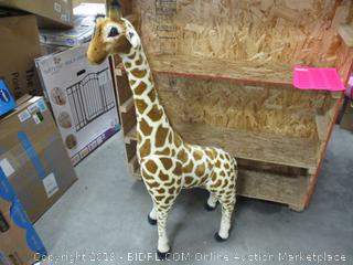 STUFFED GIRAFFE