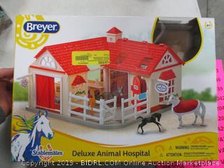 DELUXE ANIMAL HOSPITAL