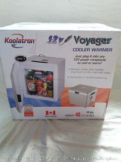 Voyager Cooler/Warmer - powers on