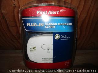 First Alert Plug In Carbon Monoxide Alarm