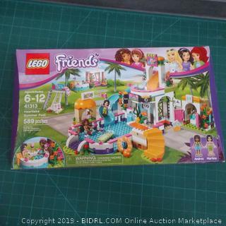 Lego Friends damaged box