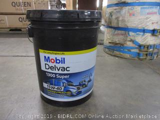 Mobil Delvac 1300 Super - 15W-40 Heavy Duty Diesel Engine Oil