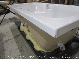 Bath Tub See Pictures