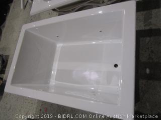 Aquatic Bath Tub See Pictures