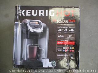 KEURIG HOT K575 PLUS SERIES (POWERS ON)