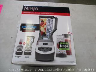 NINJA BLENDER (POWERS ON)