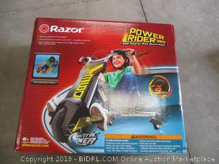 RAZOR POWER RIDER 360 (POWERS ON)