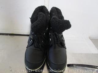 Womens Polar Boots- 8