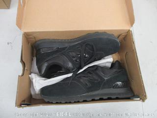 Women's New Balance Shoes - 8.5